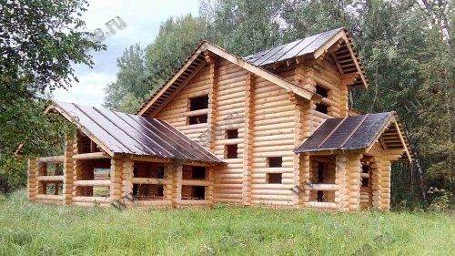 Первый этап строительства дома из оцилиндрованного бревна
